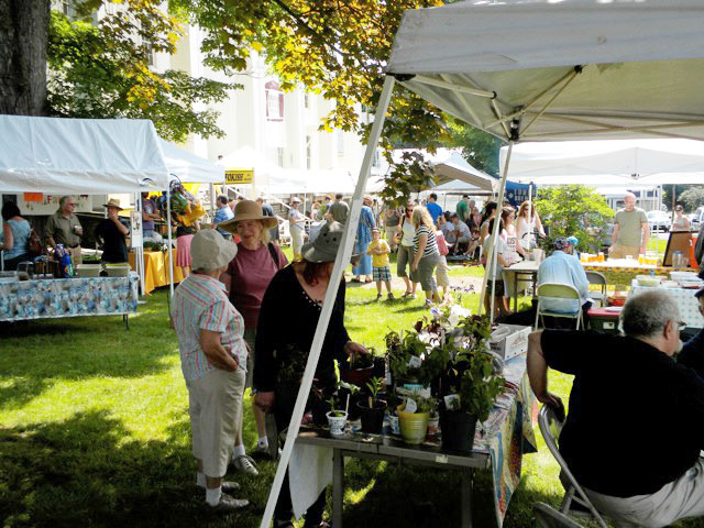 Farmers' Market – May 26, 2013