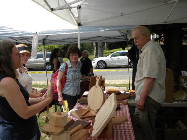 Wally Woodshop at the Franklin Farmers' Market photo